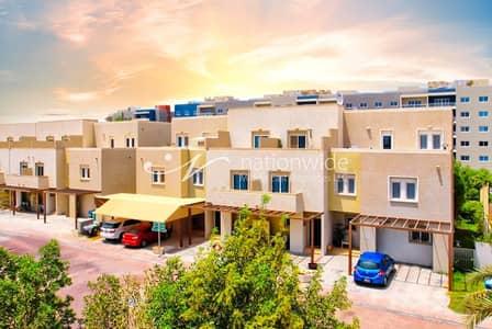 فیلا 2 غرفة نوم للبيع في الريف، أبوظبي - A Double Row Villa Perfect For The Family