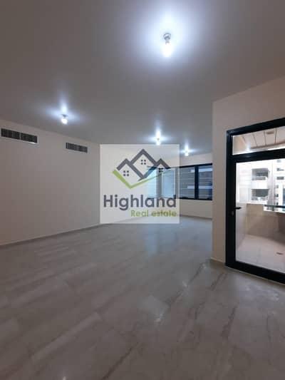 فلیٹ 4 غرف نوم للايجار في الخالدية، أبوظبي - Perfectly Price 4 Bedroom Simplex in Khalidiya