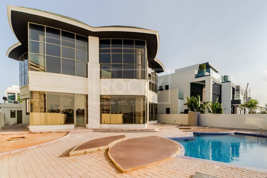 1 Spacious 4 Bed | with Private Pool | Palm Jumeirah