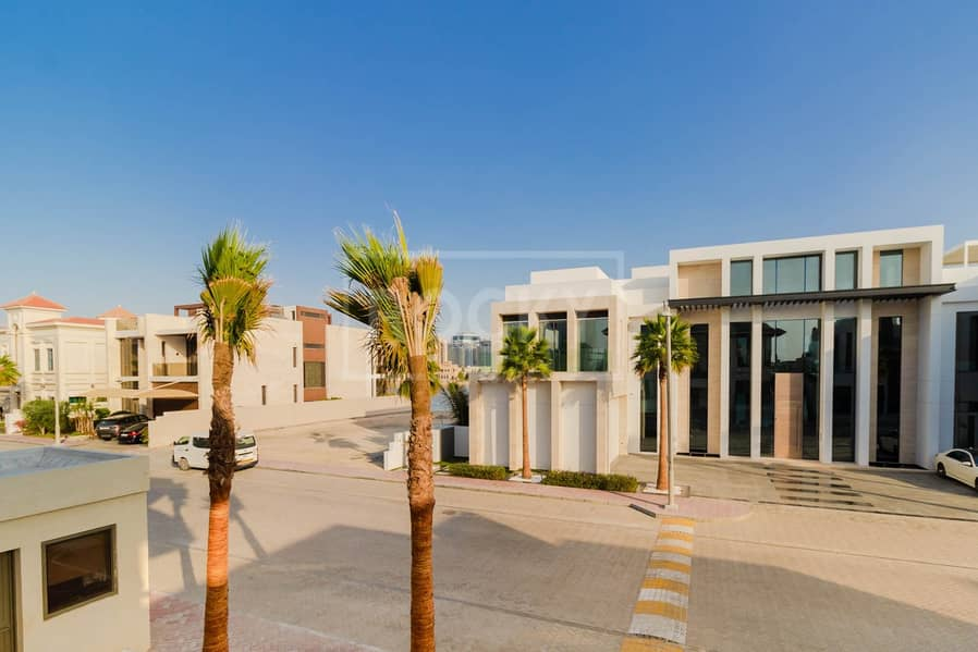 41 Spacious 4 Bed | with Private Pool | Palm Jumeirah