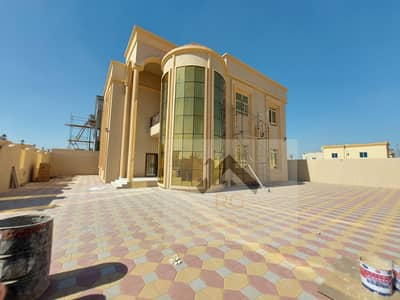 6 Bedroom Villa for Sale in Al Rawda, Ajman - Villa for sale on Shalarain, a very large yard space, personal finishing