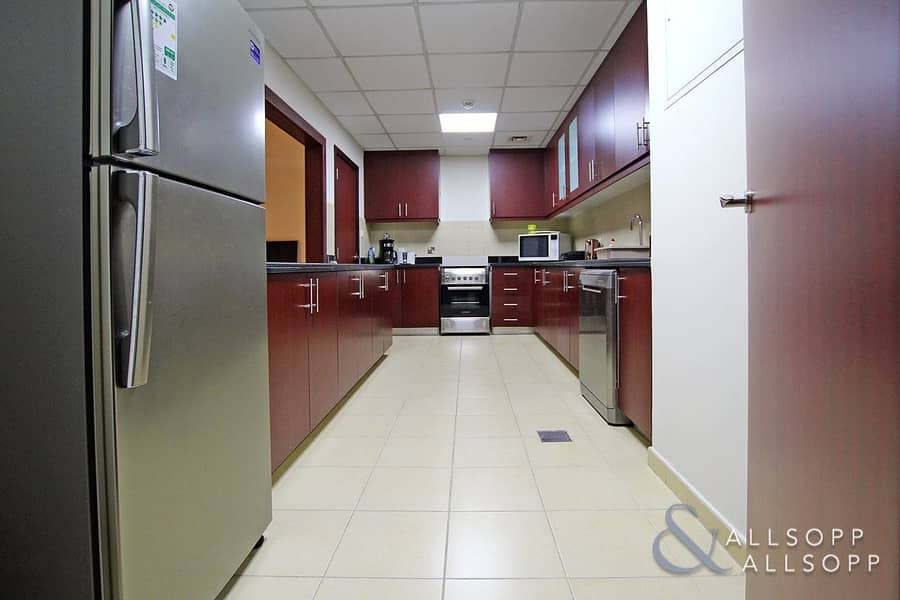 10 Vacant On Transfer | 2 Beds | 1528 Sq. Ft.