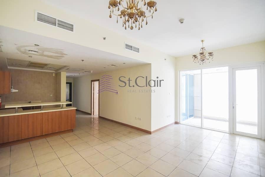 Higher Floor | Open Kitchen | 4 Cheques