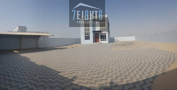 5 Bedroom Villa for Rent in Nad Al Sheba, Dubai - Outstanding property: 5 b/r good quality independent villa + maids room + large garden for rent in NAS 2