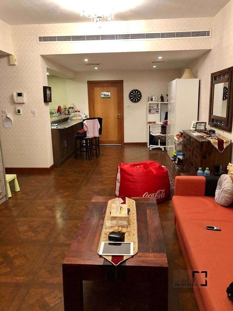 2 Fully Furnished | Upgraded unit | Chiller free