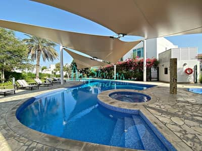 5 Bedroom Villa for Rent in Jumeirah, Dubai - 30 Days Free| Superb 5 Bed+M|Shared Pool|Gym
