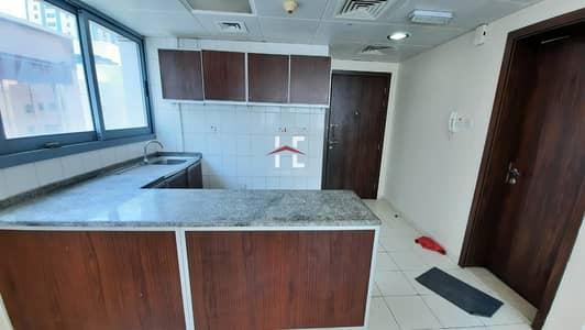شقة 1 غرفة نوم للايجار في شارع إلكترا، أبوظبي - Neat 1 BHK with Open Kitchen