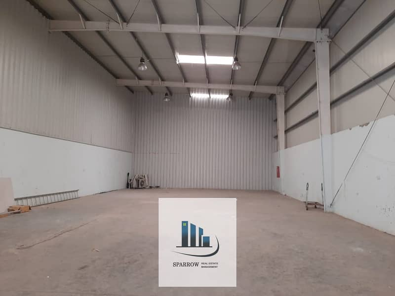 16 185 Sqm storage spaces for rent in Mussaffah