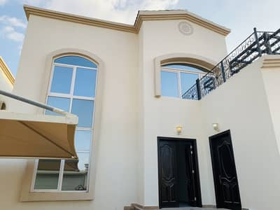 4 Bedroom Villa for Rent in Mohammed Bin Zayed City, Abu Dhabi - Extra Ordinary 4 Master Bedrooms Villa with Driver Room