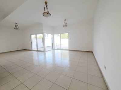 فيلا مجمع سكني 4 غرف نوم للايجار في الصفا، دبي - Compound 4bhk villa with s.pool in safa 1 rent is 150k