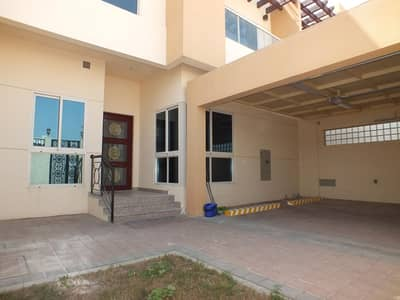 Semi independent 4bhk villa in manara rent is 180k