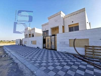 فیلا 3 غرف نوم للبيع في الياسمين، عجمان - فيلا للبيع بمواصفات جذابه وتصميم رائع تشطيب سوبر دوبكلس مع امكانيه التمويل البنكي