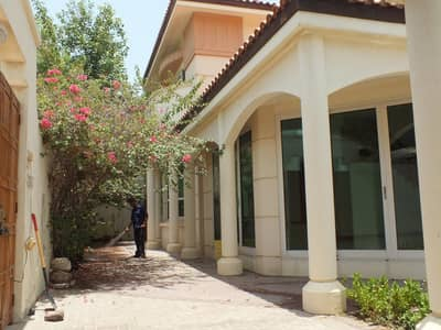 5 Bedroom Villa Compound for Rent in Jumeirah, Dubai - Compound 5bhk villa with all facilities in jumairah 3 rent is 230k