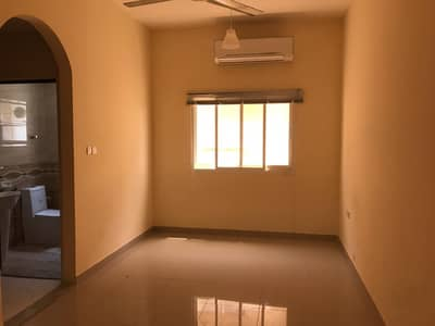 Studio for Rent in Al Jurf, Ajman - BIG STUDIO WITH CLOSE KITCHEN AVAILABLE FOR RENT IN JURF 2 AJMAN