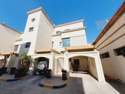 فیلا 3 غرف نوم للايجار في المقطع، أبوظبي - فیلا في قرية المقطع المقطع 3 غرف 130000 درهم - 4896094
