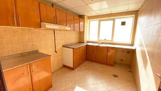 شقة 2 غرفة نوم للايجار في النهدة، الشارقة - شقة في النهدة 2 غرف 30000 درهم - 4896172