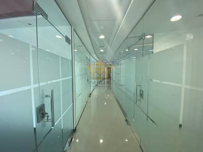 Glass Partitioned 9 Managers Room With Chiller Free