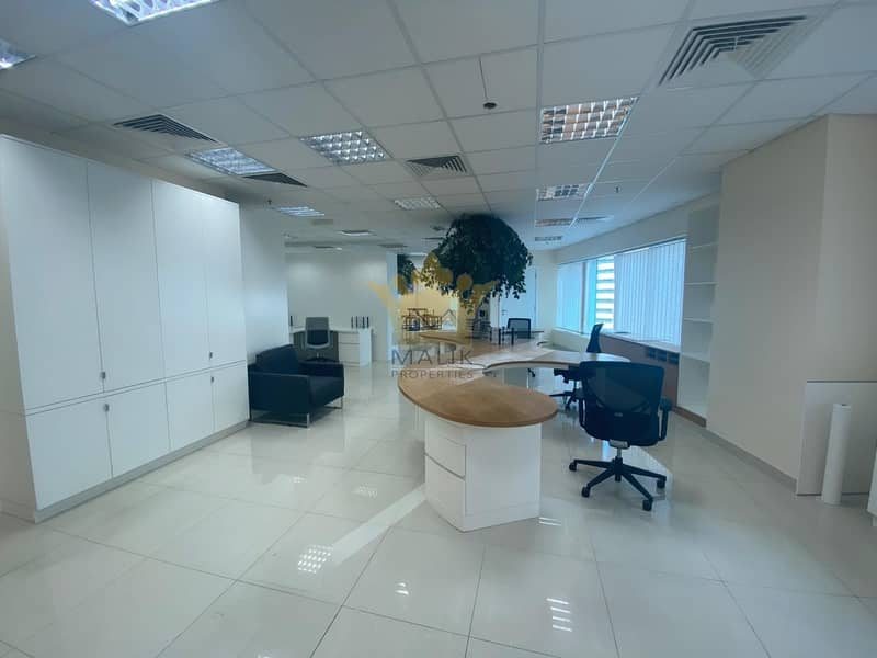 Fully Furnished Office Chiller Free Close To Metro