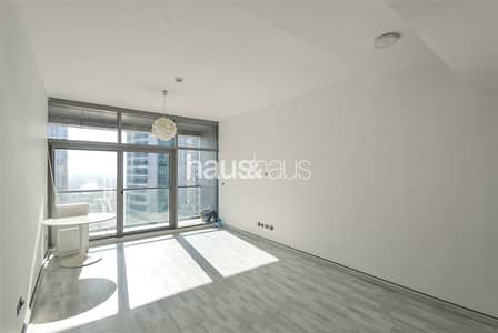 Unfurnished 2 bedroom Metro Nearby