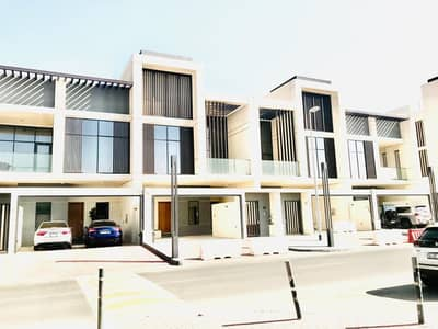 1month free| Contemporary | Brand new 4 bed| in Jumeirah 1