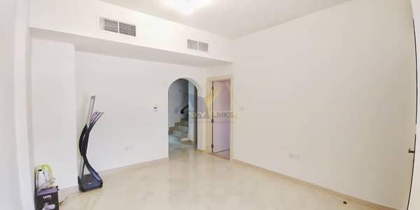 تاون هاوس 4 غرف نوم للايجار في قرية جميرا الدائرية، دبي - Modern Living | 4BR + Maid Townhouse For Rent..