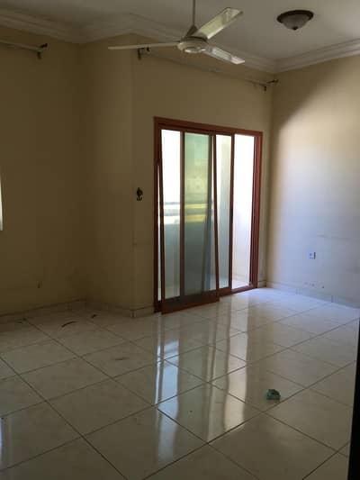 2 Bedroom Apartment for Rent in Al Rashidiya, Ajman - AFFORDABLE 2BHK FOR RENT IN RASHIDIYA 2 AREA BEHIND FALCON FULL OPEN VIEW
