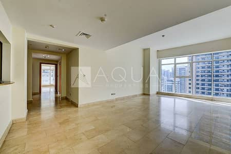 2 Bedroom Flat for Rent in Dubai Marina, Dubai - Luxury Building | Near Marina Mall | Large Balcony