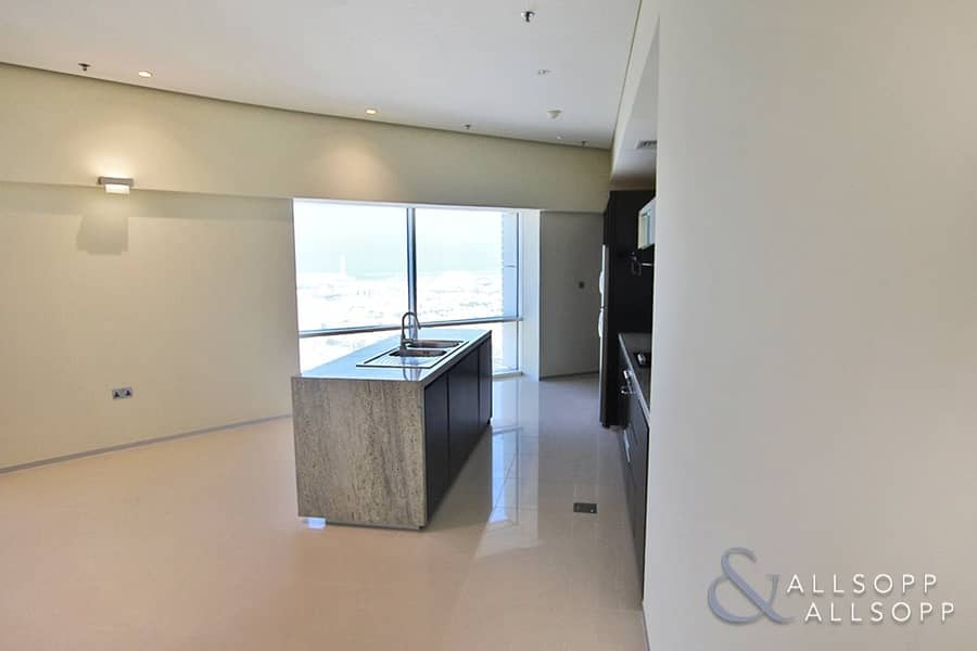 2 Sea Views | Chiller Free | Two Bedrooms