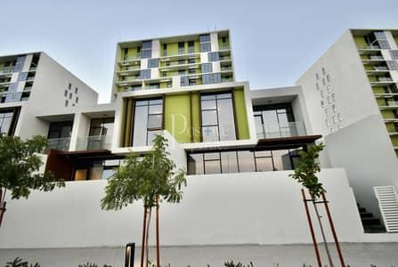 Duplex  Private garden  balcony  Park view  Brand new