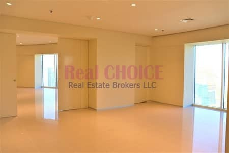 2 Bedroom Flat for Rent in Sheikh Zayed Road, Dubai - Lavishing 2BR Duplex Apartment at Metro Station