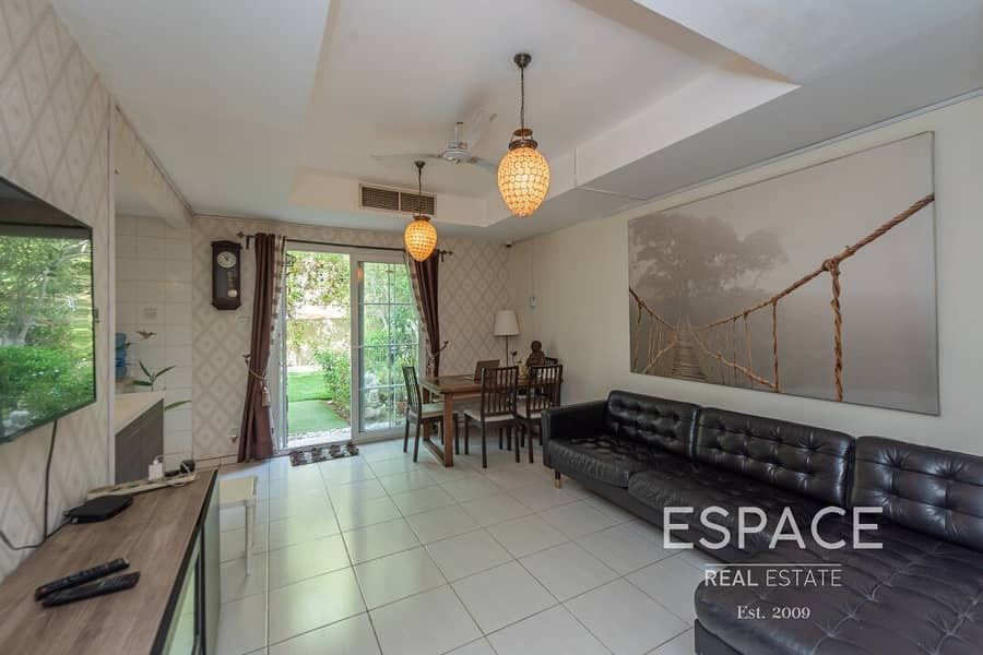 2 Great Location | 4M | Upgraded Kitchen