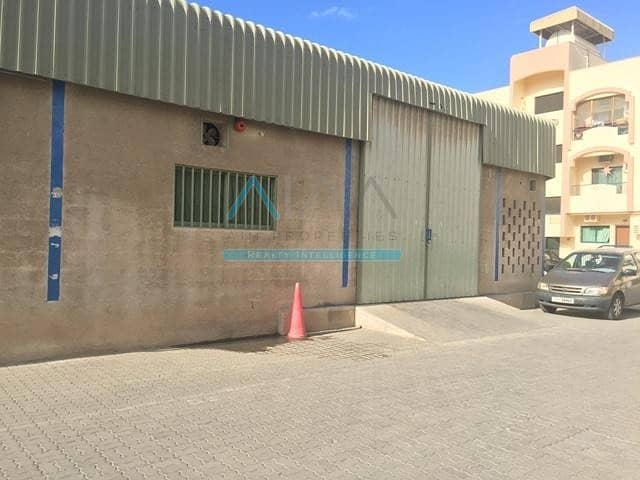 10 Prime Location    Commercial warehouse