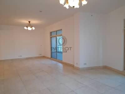 3 Bedroom Flat for Rent in Dubai Marina, Dubai - 3 Bedroom I Maid Room   Stunning High-Quality Apartment