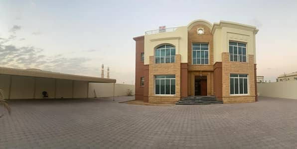 فیلا 6 غرف نوم للايجار في محيصنة، دبي - فیلا في محيصنة 1 محيصنة 6 غرف 200000 درهم - 4898260