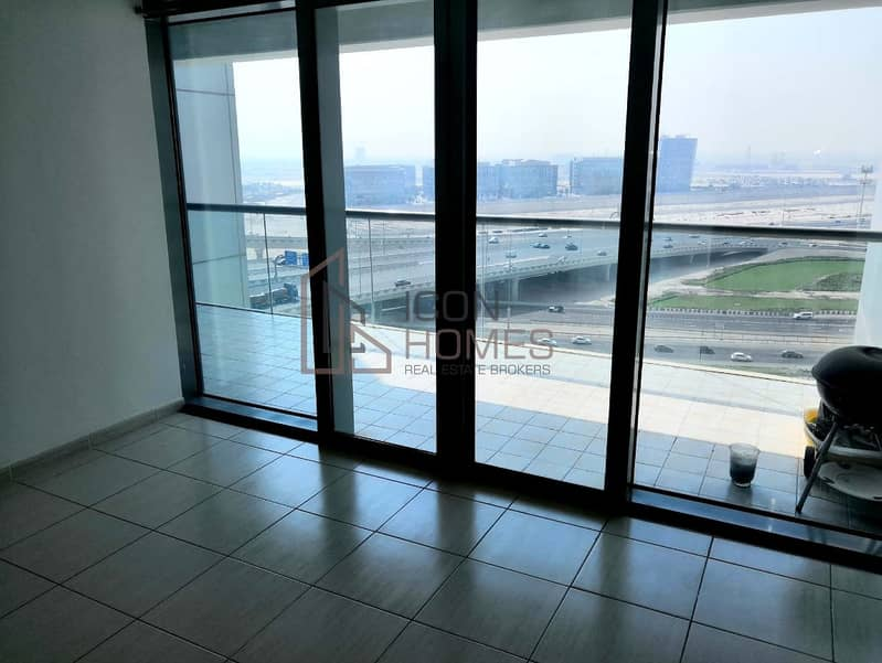 2  Spacious 1 Bedroom Unit For Rent | Windsor Manor | Business Bay | Easy Access to Dubai Mall