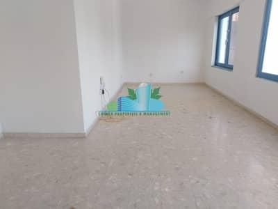 فلیٹ 3 غرف نوم للايجار في شارع النجدة، أبوظبي - 2 Months Free |Amazing 3 BHK in Great Location