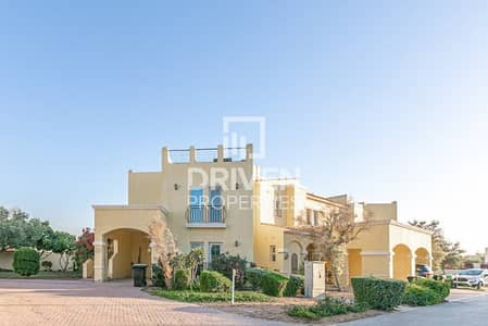 2 Bedroom Townhouse for Sale in Dubailand, Dubai - Elegant and Spacious Townhouse | Vacant