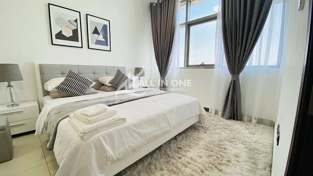 18 Superb lifestyle! Brand New Furnished 1BR with Parking