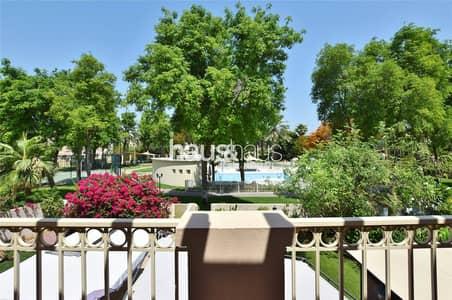 فیلا 3 غرف نوم للبيع في الينابيع، دبي - Pool and park view| Upgraded 2M| 3BR +Study +Maids
