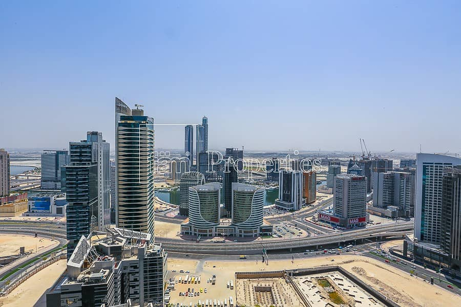 13 Spacious apartment great deal full burj view
