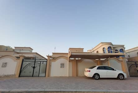 Villa for rent in Ajman Al Mowaihat 3 rooms, a majlis, a hall, and a large monster with air conditioners and fully maintained 0562417250
