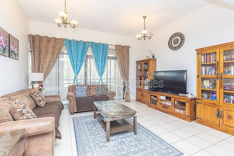 Awe-Inspiring well maintained 3BR on ground floor