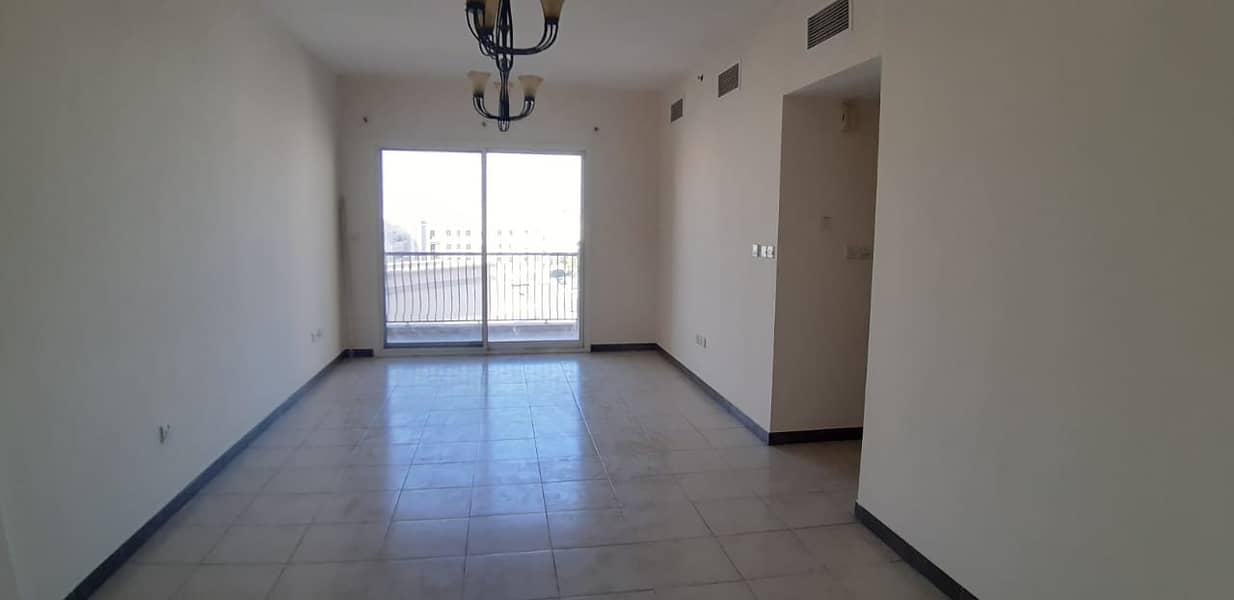 شقة في إنديجو سبكتروم 2 المدينة العالمية 3 غرف 60000 درهم - 4900232
