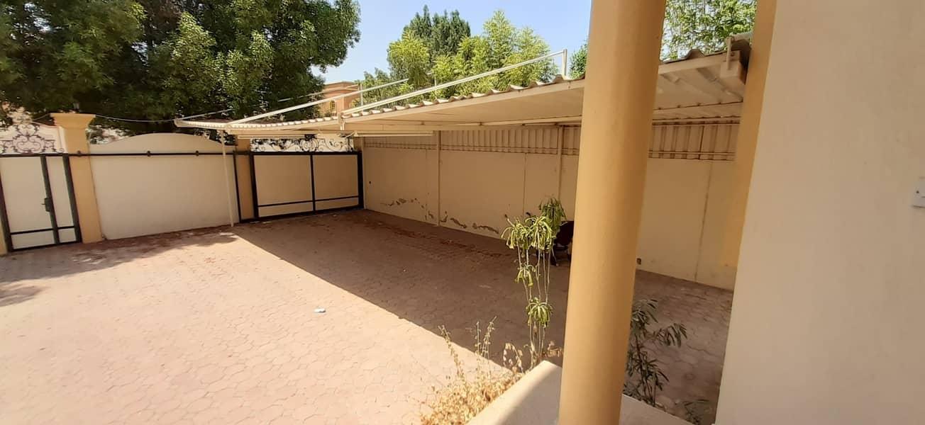 2 5 BEDROOMS VILLA FOR SALE IN RAWDA 3