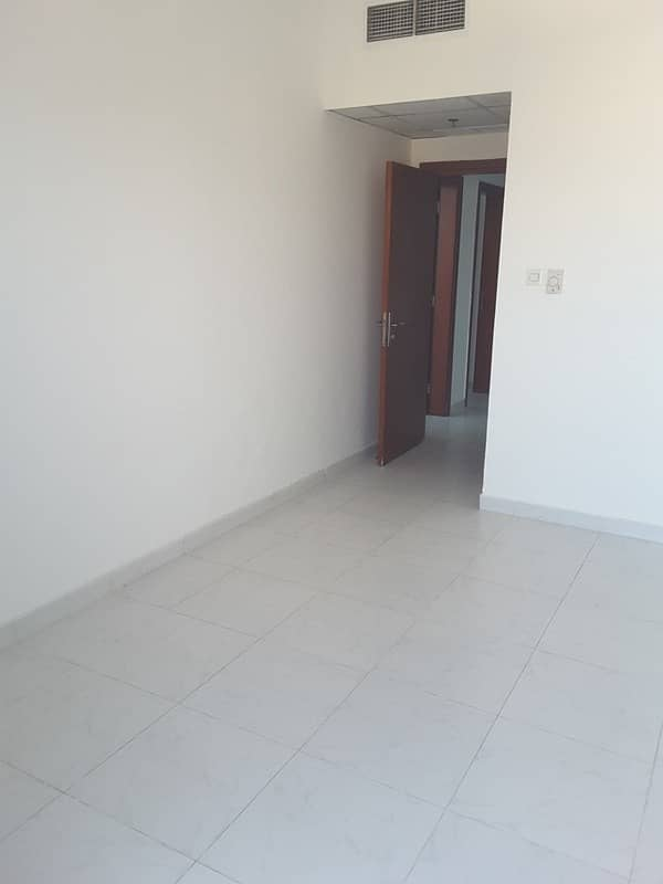 2 Falcon Towers: Spacious 3 Bed Hall open views at Downtown Ajman