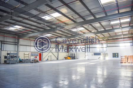 مستودع  للايجار في جبل علي، دبي - Dry and Cold Storage Warehouse with Office