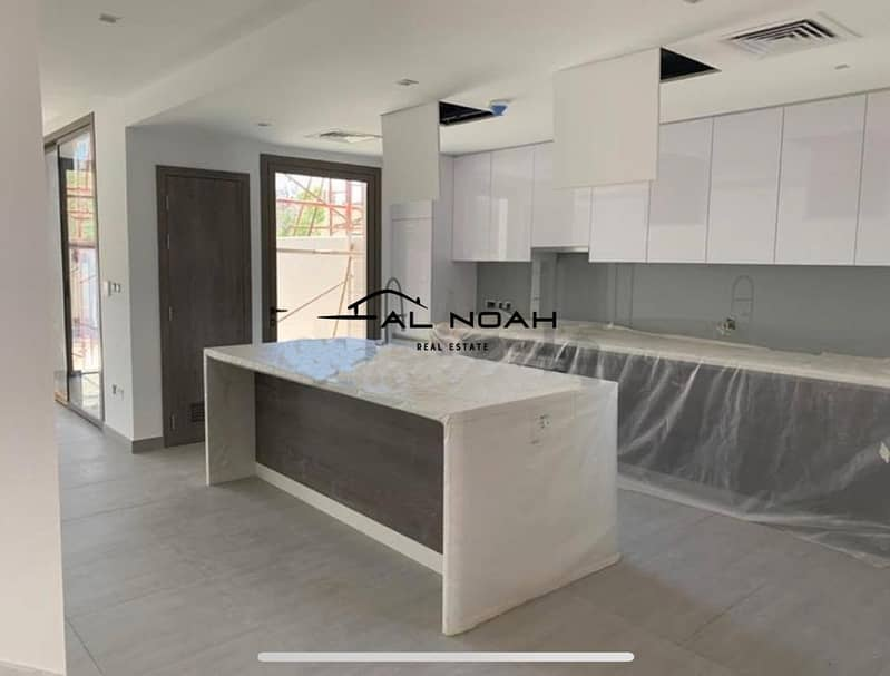 37 Brand new! Hot for investment! Impeccable 3 bedroom in Yas Acres!