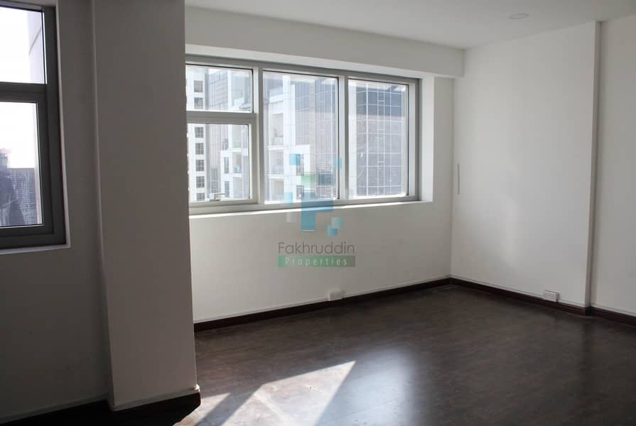 11 No Commission | Fitted Office | Close to Metro