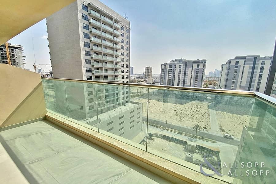 10 Brand New | Studio | Available | Balcony