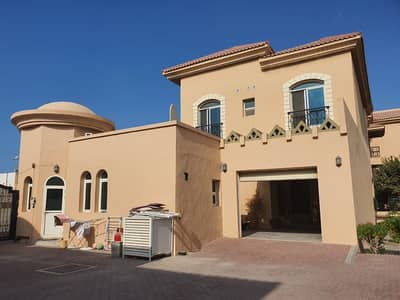 4 Bedroom Villa Compound for Rent in Umm Suqeim, Dubai - Compound 4bhk villa in umm suqeim 3 rent is  170k